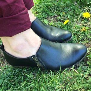 Black leather Sonoma low heels, women's 8.5